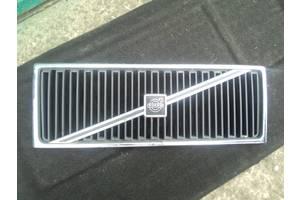б/в грати радіатора Volvo 760