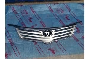 б/у Решётки радиатора Toyota Avensis