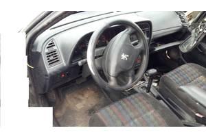 б/у Рулевые редукторы/сошки Peugeot 306