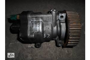 б/в Паливні насоси високого тиску / трубки / шестерні Renault Kangoo