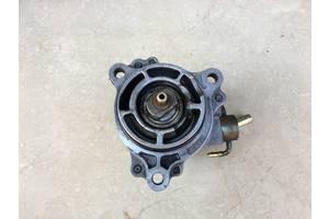Б/у вакуумный насос Mazda 323 2.0 TD (1999-2005 р.в.).