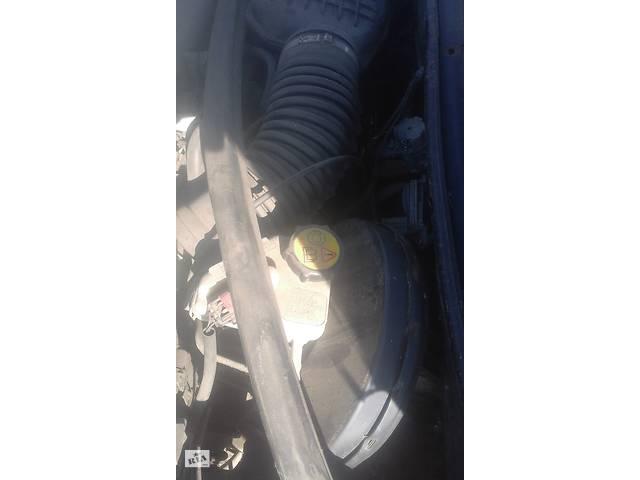 купить бу Б/у вакуумный  усилитель тормозов для Ford Mondeo 2,0 инжектор в Кропивницком (Кировоград)
