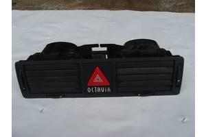 б/у Воздуховоды обдува стекла Skoda Octavia Tour