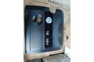 Б/в кришка мотора для Volkswagen Golf IV 1999. 1.6.