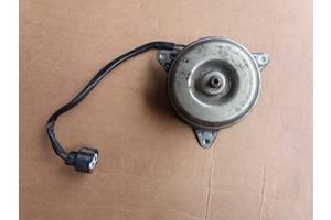 Б/в моторчик вентилятора радіатора для Mitsubishi Outlander CU 2.0 2001-2006