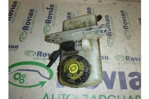б/в Бачки головного гальмівного циліндра Renault Scenic