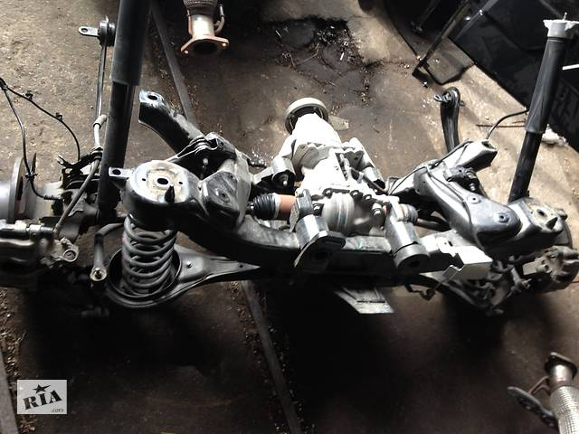 бу Балка задньої підвіски, задній підрамник, задня підвіска FORD KUGA MK2 II в Рівному