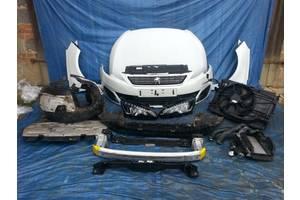 б/у Фары Peugeot 2008