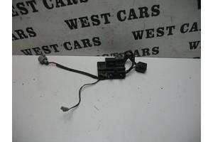 б/у Реле стеклоочистителя Mazda 6