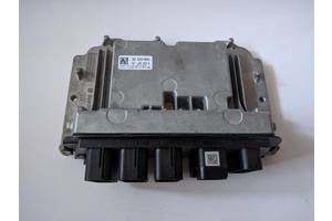б/у Блоки управления двигателем X1
