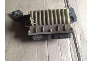 Реле вентилятора радиатора Opel Astra G