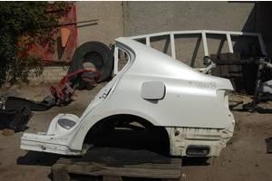 чверті автомобіля Lexus