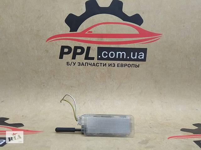 купить бу Citroen C4 2004-10 плафон салона бардачка ящика подсветка лампочка в Чернигове