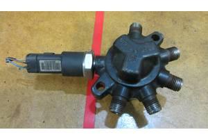 б/в Датчики тиску палива в рейці Renault Megane II