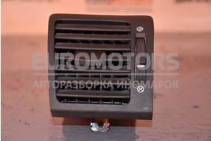 Дефлектор воздушный правый Kia Sorento 2002-2009 974903