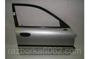 Двери передние Mitsubishi Carisma