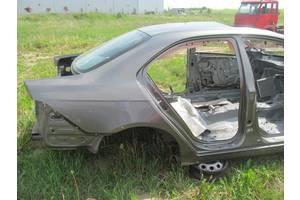 Четверти автомобиля Honda Accord
