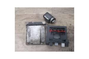 Комплект електроніки 3C0937049AH Фольксваген Пасат В6 2.0 TDI