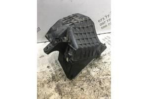 Корпус воздушного фильтра Volkswagen Passat b5 3d0129607g