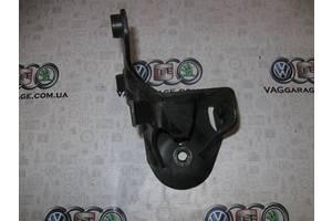 б/у Кронштейны Volkswagen Corrado