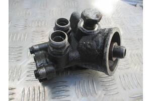 Кронштейн масляного фильтра 034115417C  для Audi 100 C4