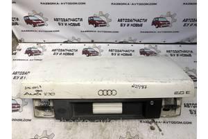 Крышки багажника Audi 100