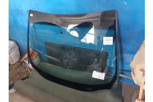 Лобовое стекло на Ford Edge 15+
