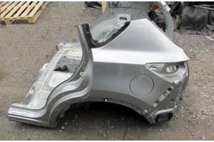 чверті автомобіля Mazda 3