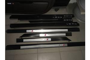 Молдинги двери Audi S8