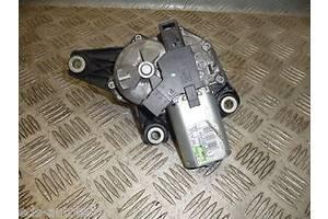 Моторчики стеклоочистителя Renault Trafic