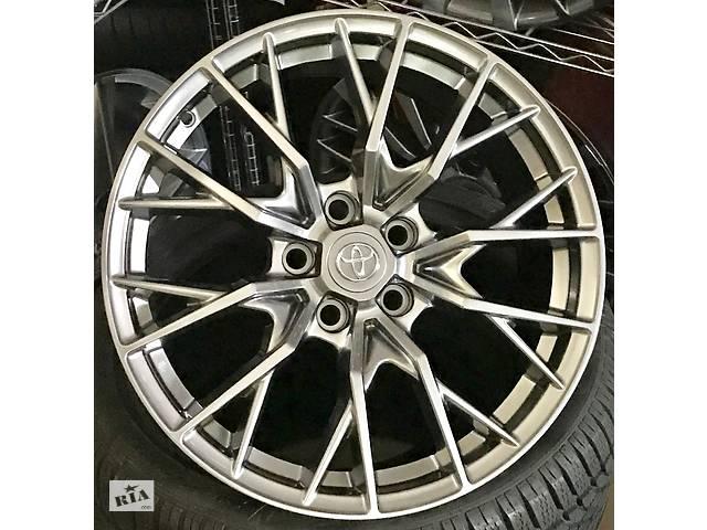 купить бу Новые оригинальные литые диски R18 5-114.3 Toyota Camry в Харкові