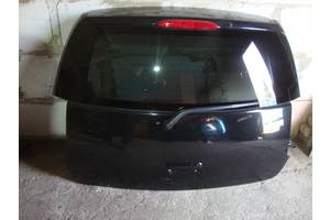 Петли крышки багажника Mitsubishi Colt