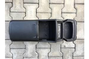 Внутренние компоненты кузова Mitsubishi