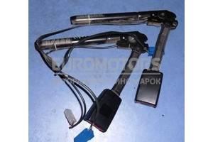 Преднатяжитель ремня безопасности передний правый Mazda 3 2003-2009