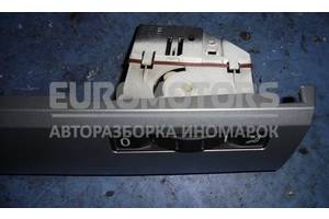 Регулятор отопителя правый VW Touareg 2002-2010 7L6819766F