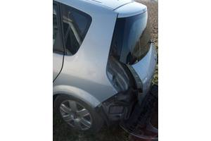 Четверти автомобиля Renault Scenic