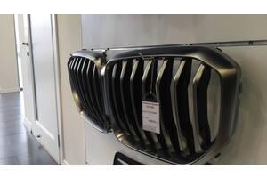 Решотка радиатора Х5