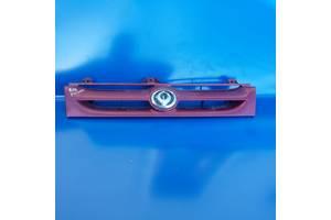 б/у Решётки радиатора Mazda 626