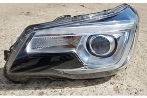 б/в фари Subaru Forester
