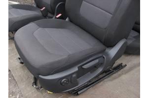 Нові сидіння Nissan