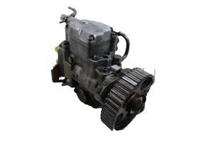 б/у Топливные насосы высокого давления/трубки/шестерни Audi 80