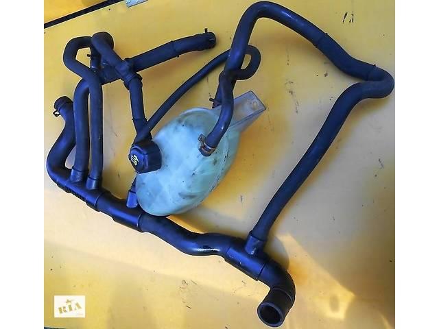 купить бу Тосольний бачок, патрубки(павук) Renault Trafic Рено Трафік Opel Vivaro Опель Віваро Nissan Primastar в Рівному
