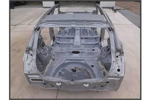 чверті автомобіля Toyota Auris