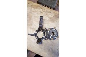 Цапфа (поворотний кулак) передній правий для Suzuki grand vitara 05-15