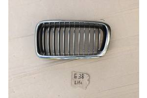 б/у Решётки радиатора BMW 7 Series