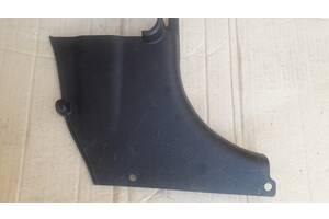 Внутрішня накладка короби передня права для Hyundai Getz, 2002-2005р., 85824-1С000