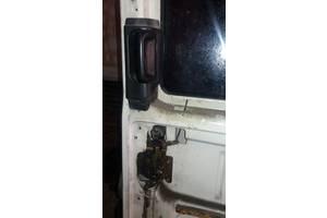 б/у Замки двери Volkswagen Caravella