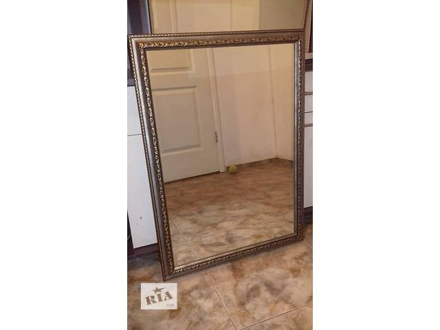 продам Зеркало настенное в раме. бу в Одессе