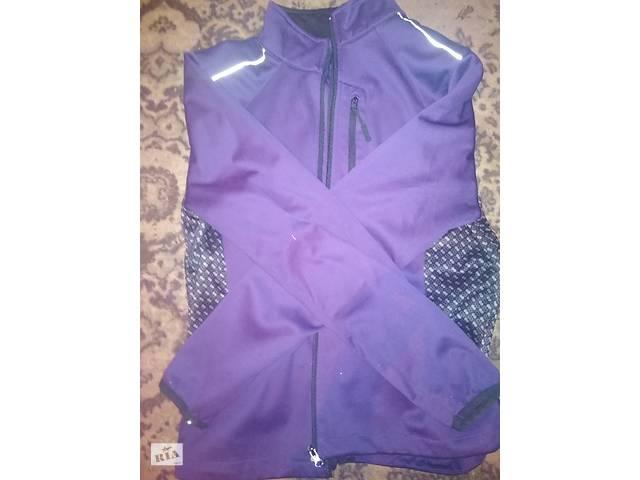 купить бу Спортивна вітрова куртка  в Ужгороде