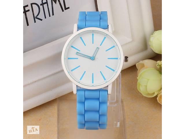 Женские наручные часы голубые- объявление о продаже  в Кривом Роге